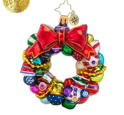 If you're a fan of old-fashioned Christmas ornaments, this wreath will be a great addition to your tree! It's got dozens of your favorite rounds and reflectors.