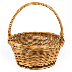 Poland is famous for hand made willow baskets. This is a tradition in areas of the country where willow grows wild and is very much a village and family industry. Beautifully crafted and sturdy, these baskets can last a generation. Perfect for Easter, pic