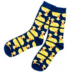 Butter lambs are a Polish Easter tradition.  These socks feature a golden butter lamb.