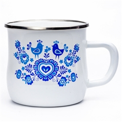 Enameled mugs are a return to your roots. Every grandmother had or even still has enamel pots because they are very durable. Decorated in a traditional Slavic floral pattern. Strong stainless steel rim.
