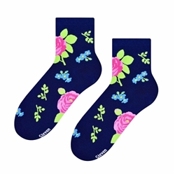 Folk is in fashion and these beautiful Polish hosiery feature a traditional Silesian floral design on a black background. Made in Lowicz, Poland.