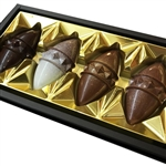 Highlander's Pralines are an example of great quality from Podhale – in these small chocolates in shape of traditional pieces of smoked ewe cheese (Oscypek) we enclosed freshness and originality, classic exquisite chocolate and mind-blowing fillings