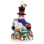 In just a few hours' time, it will be Christmas Day. Mr. Snowman and his woodland friends have gathered to watch the sunrise, and to try to catch a glimpse of Santa's sleigh.