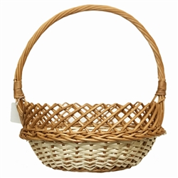 Poland is famous for hand made willow baskets.  This model is a beautifully woven using both whole and split willow, a braided edge and a lattice rim.  Beautifully crafted and sturdy, these baskets can last a generation.  Perfect for Easter,