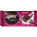 At Wawel, our tradition of chocolate making dates back through generations. Delicious Polish dark chocolate with a blueberry and yogurt cream filling.