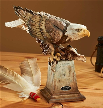 Bald Eagle Sculpture - Free Reign