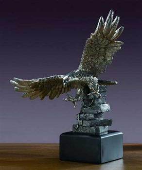 "11"" Flying Eagle Statue - Figurine"