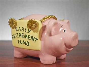 Early Retirement Fund Piggy Bank