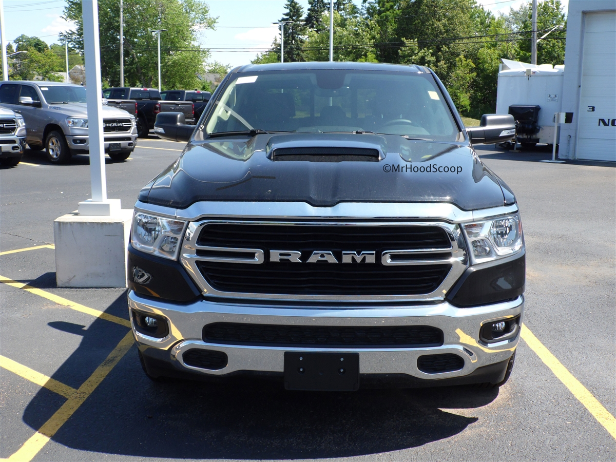 2019 dodge ram 1500 hood scoop hs009 by mrhoodscoop 2019 dodge ram 1500 hood scoop kit with grille inserts hs009 unpainted or painted