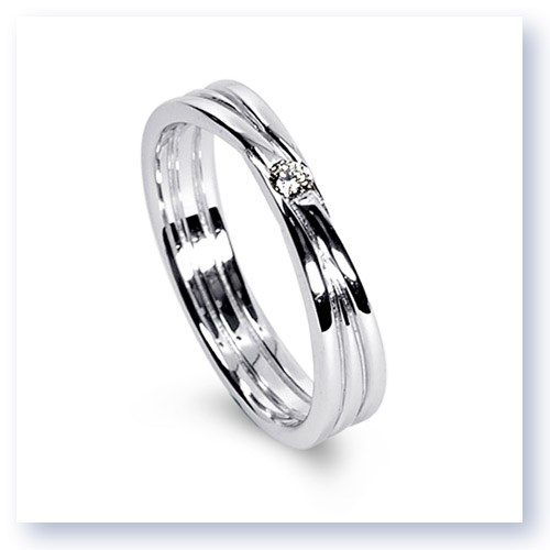 Mark Silverstein Imagines 18K White Gold Three Loop Diamond Men's  Wedding Band