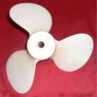 "Reconditioned 14"" x 16"" 3-blade RH-rotation alluminum propeller for 1955-59 Mercury Mark 75 - 78 and 1960-61 Merc 600 - 700 Direct Reversing outboards"