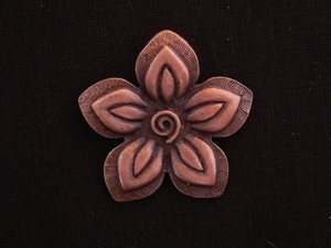 Pendant Antique Copper Colored Five Petal With Center Swirl