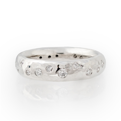 Hammered Stackable Band Diamonds