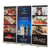 Value Retractable Double-Sided Banner Wall