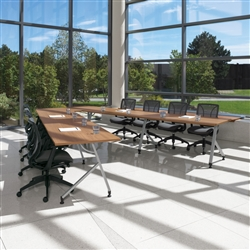 Shared Leg Junction Training and Boardroom Table Configuration by Global