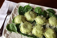 Large Round Low-Fat Spinach and Cheese Ravioli