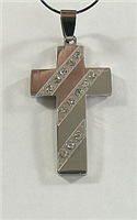 C26 STAINLESS STEEL CROSS PENDANT