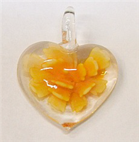 GP1-08-05 GLASS HEART PENDANT WITH FLOWER