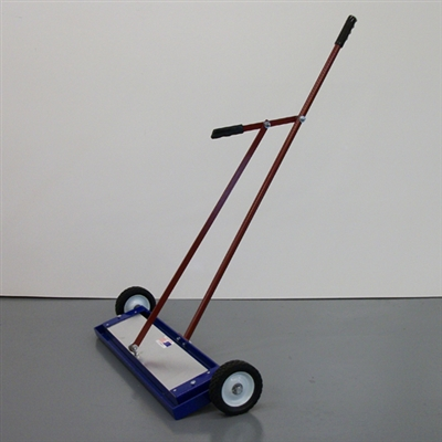 Lever Release Magnetic Sweeper 26""