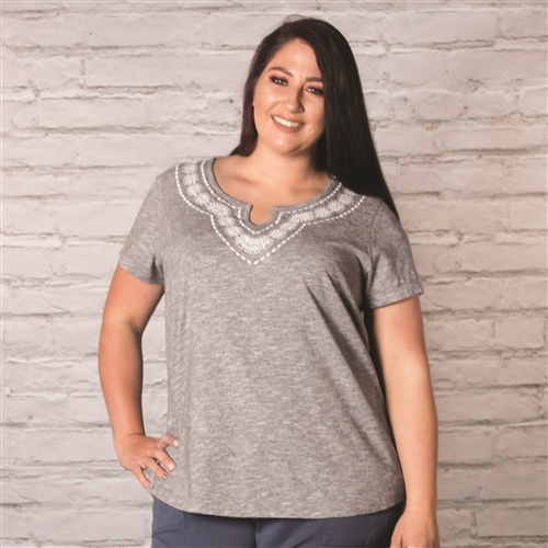 Aventura Maisie Plus Size Short Sleeve | M8073680WP-264 - 1X - Black