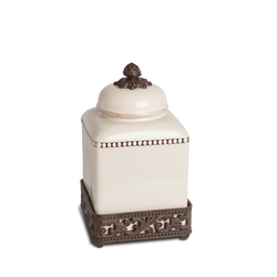 The GG Collection Cream Acanthus Leaf Canister, Small