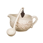 The GG Collection Sauce Boat with Ladle
