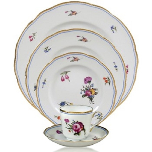 Bernardaud A La Reine Five Piece Place Setting