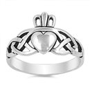 Silver Ring - Claddagh Ring - $4.85
