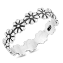 Silver Ring - Flowers - $3.39