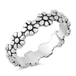 Silver Ring - Flowers - $3.34