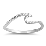 Silver Ring - Diamond Cut Wave - $2.57