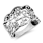 Silver Ring - Flowers - $6.75