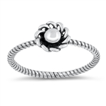 Silver Ring - Flower - $2.82