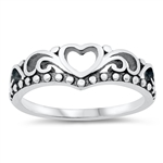 Silver Ring - Heart Crown - $3.18