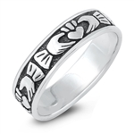 Silver Ring - Claddagh - $3.42
