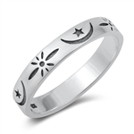 Silver Ring - Moon & Star - $3.62