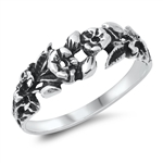 Silver Ring - Flowers - $3.47