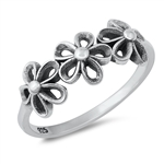 Silver Ring - Flowers - $2.96