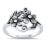 Silver Ring - Flowers - $4.24