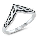 Silver Ring - Celtic V-Shape - $3.44