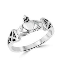 Silver CZ Ring - Claddagh - $3.70