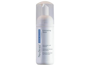 NeoStrata Skin Active Exfoliating Wash helps stimulate cell renewal and prepare the skin for optimal treatment benefits of the Skin Active regimen