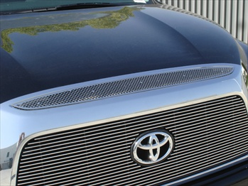 T-Rex Mesh Grille Toyota Tundra Upper Class Top Grille Accent (Above Main Grille) - 1 Pc T-REX--54958