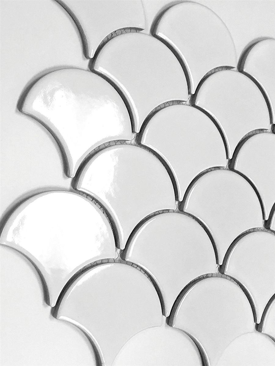 Mandarin Glossy Fan Soft White Porcelain Mosaic Tile