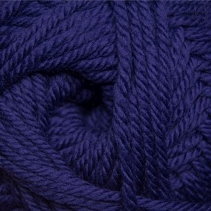 220 Superwash Merino 020 Deep Wisteria