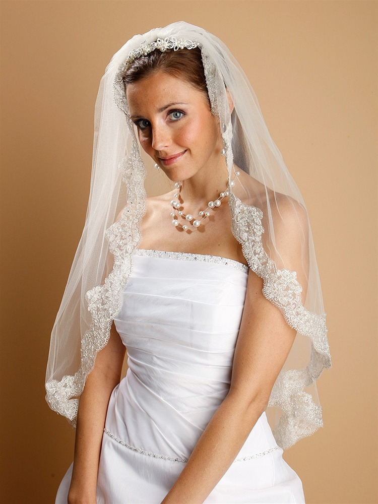 Mantilla Lace Wedding Veil with Chain and Sequins - Mariell ...