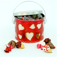 This adorable valentine has 20 assorted chocolate covered cookies in our most popular valentine flavors!