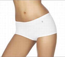 Flawless Fit Ultrasleek Boyshort by Barely There