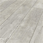 TIMEWORN OAK LAMINATE FLOOR