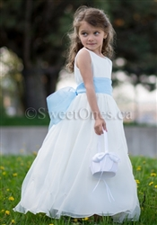 64cae4a8cb65 White Flower Girl Dresses by Sweet Ones Canada